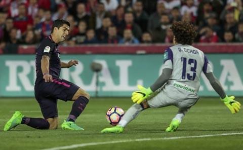 Suarez tỏa sáng, Barca duy trì sức ép lên Real - ảnh 1