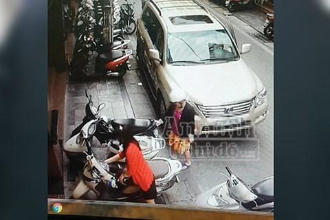 Camera buýt nhanh BRT lật mặt nhóm siêu trộm Colombia - ảnh 1