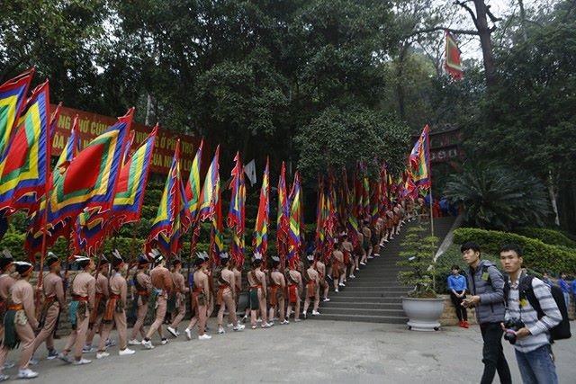 Chủ tịch nước dâng hương tưởng nhớ các Vua Hùng - ảnh 11
