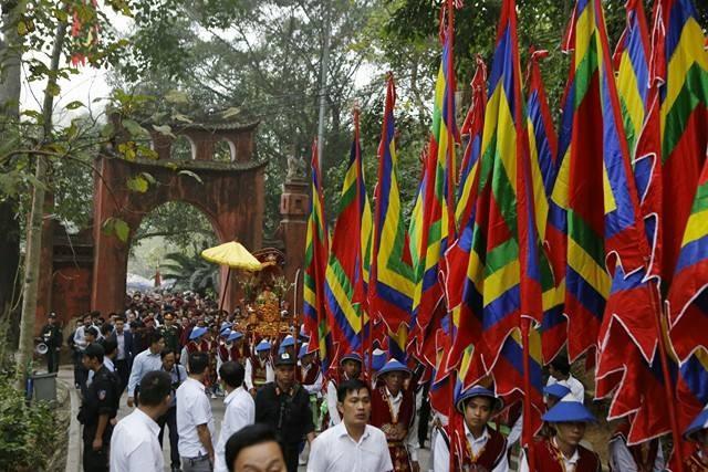 Chủ tịch nước dâng hương tưởng nhớ các Vua Hùng - ảnh 13