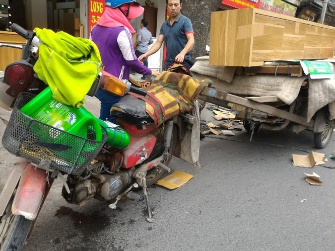 Những chiếc xe 'dã chiến' giữa lòng Thủ đô - ảnh 10