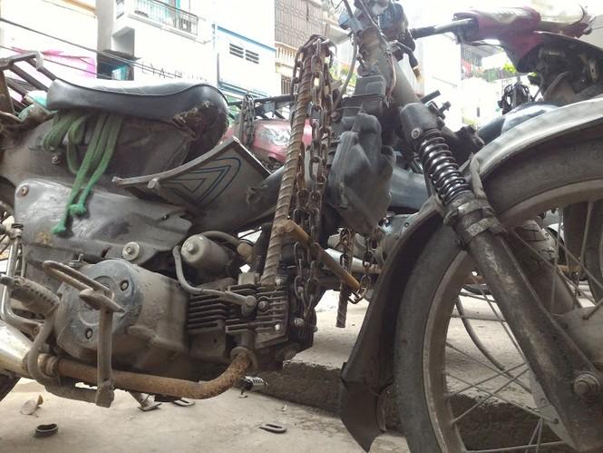 Những chiếc xe 'dã chiến' giữa lòng Thủ đô - ảnh 7