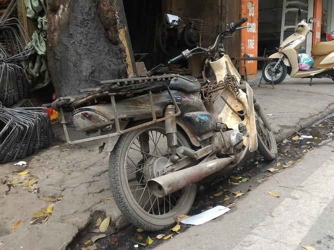 Những chiếc xe 'dã chiến' giữa lòng Thủ đô - ảnh 8