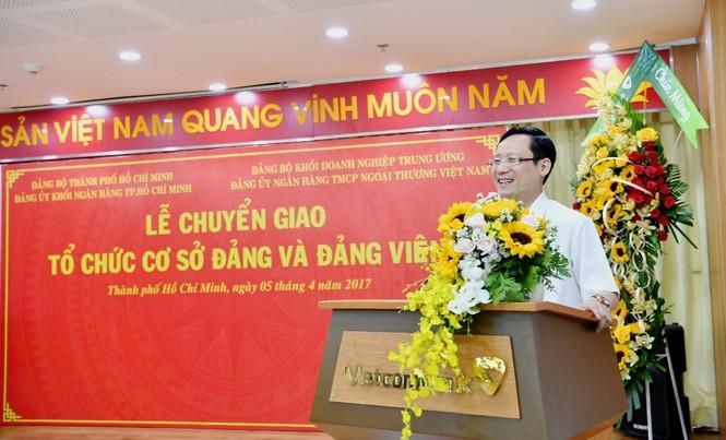 Đảng bộ Vietcombank tiếp nhận 17 tổ chức Đảng trên địa bàn TP.HCM - ảnh 2