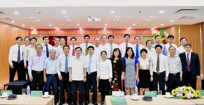 Đảng bộ Vietcombank tiếp nhận 17 tổ chức Đảng trên địa bàn TP.HCM - ảnh 5