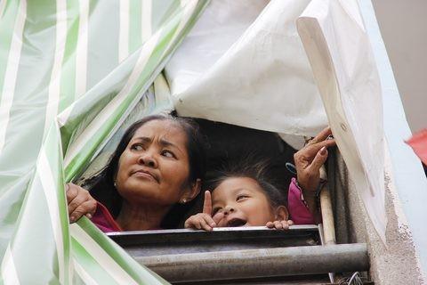Gặp người phụ nữ sống trong căn nhà 1m2 giữa Sài Gòn - ảnh 4