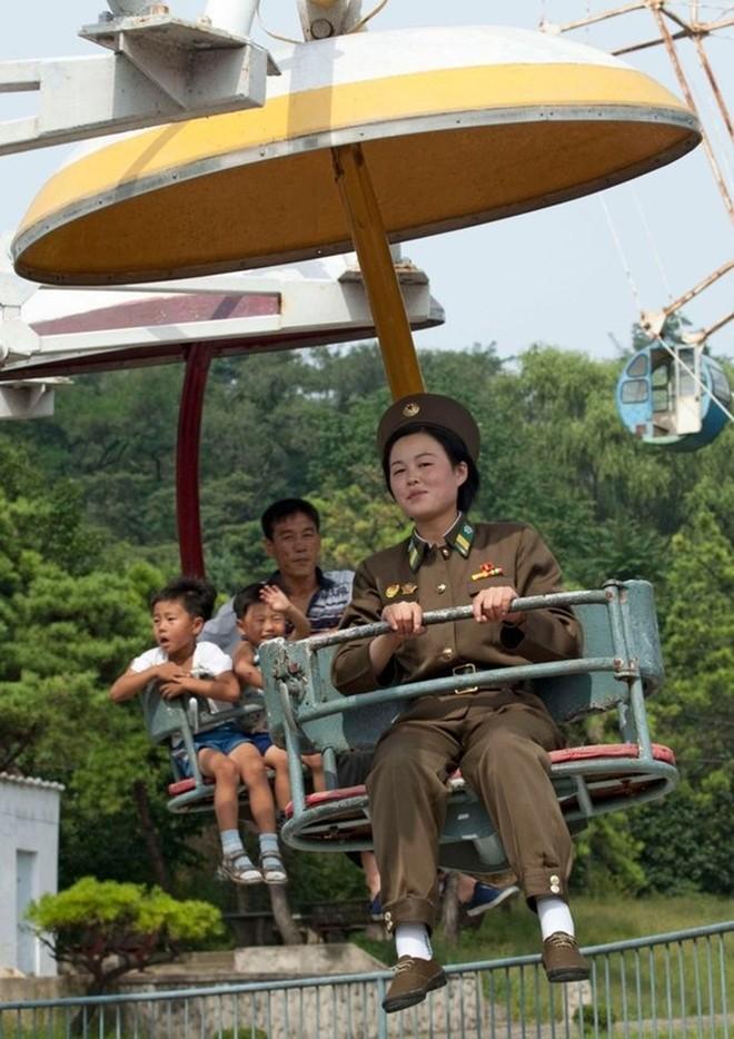 Binh sĩ Triều Tiên dưới góc nhìn của nhiếp ảnh gia Pháp - ảnh 3