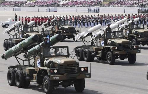 Bí mật kho vũ khí sẽ tạo nên bất ngờ của Triều Tiên - ảnh 1