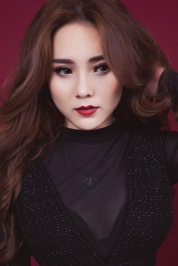 Hotgirl Biên Hòa gây bão mạng vì ví 'bằng đại học không bằng một cuộn giấy... vệ sinh'  - ảnh 3