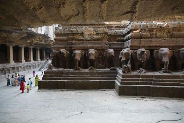 Bí ẩn ngôi đền cổ 1.200 tuổi được tạc từ một khối đá duy nhất - ảnh 4