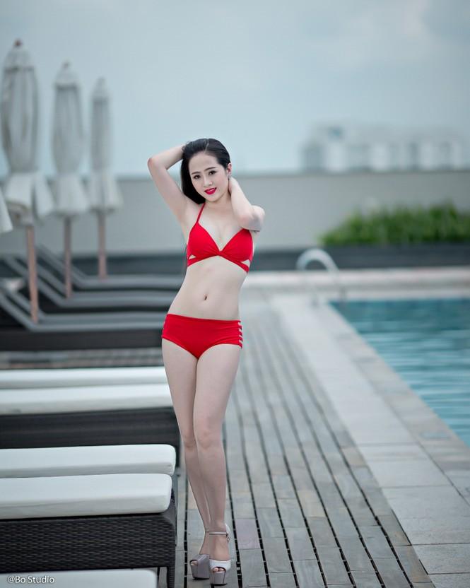 Thí sinh chung kết Hoa khôi Nam Bộ tự tin khoe dáng  - ảnh 3
