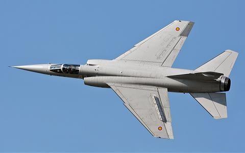 Anh còn ngăn cản cả thương vụ Argentina mua máy bay chiến đấu Mirage-F.1M của Tây Ban Nha