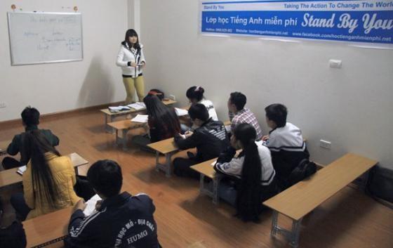 9x bán bóng bay, mở trung tâm dạy ngoại ngữ miễn phí - ảnh 1