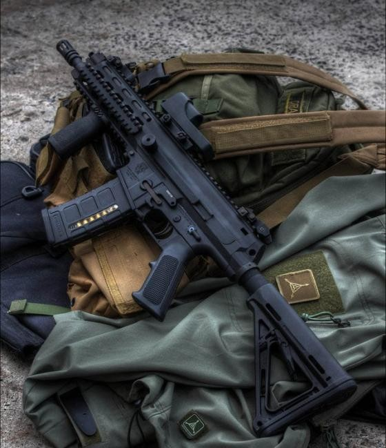 Lộ diện kẻ thay thế khẩu M-16, M4 sắp 'về hưu' của Mỹ - ảnh 3