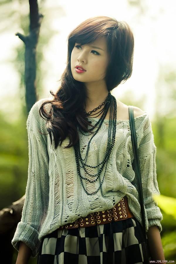 Tâm Tít là một trong những hot girl thế hệ đầu. Ít ai biết bằng, hot girl số 1 Hà Thành này chỉ cao 1m60
