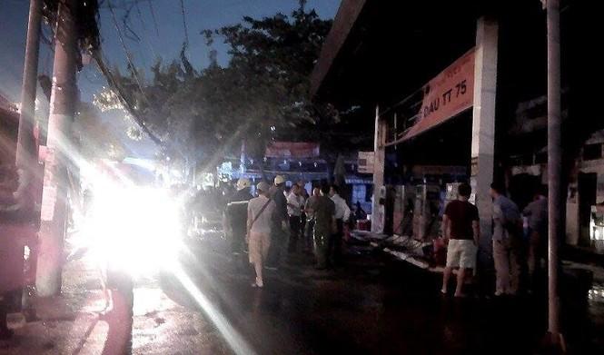 Cháy, nổ lớn tại cây xăng ở Sài Gòn - ảnh 4