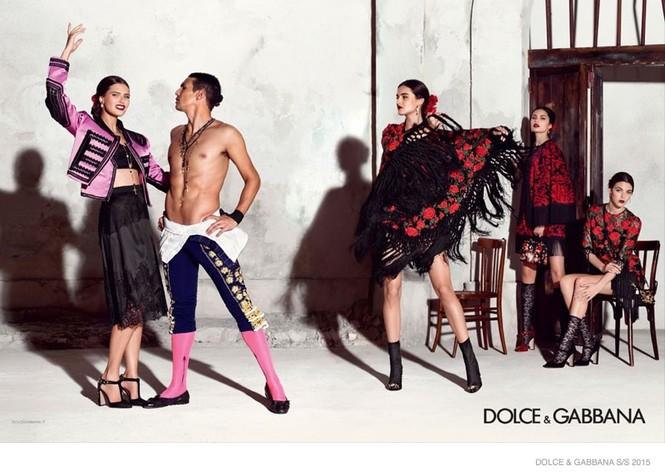 'Hơi thở' Tây Ban Nha tràn ngập BST Dolce & Gabbana xuân hè 2015 - ảnh 4