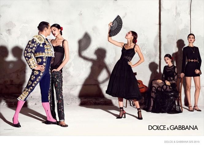 'Hơi thở' Tây Ban Nha tràn ngập BST Dolce & Gabbana xuân hè 2015 - ảnh 5