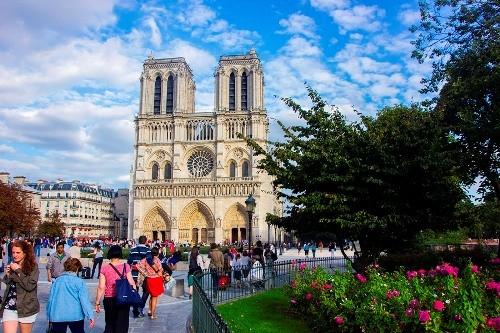 20 điểm khác biệt thú vị giữa du khách và người dân Paris - ảnh 1