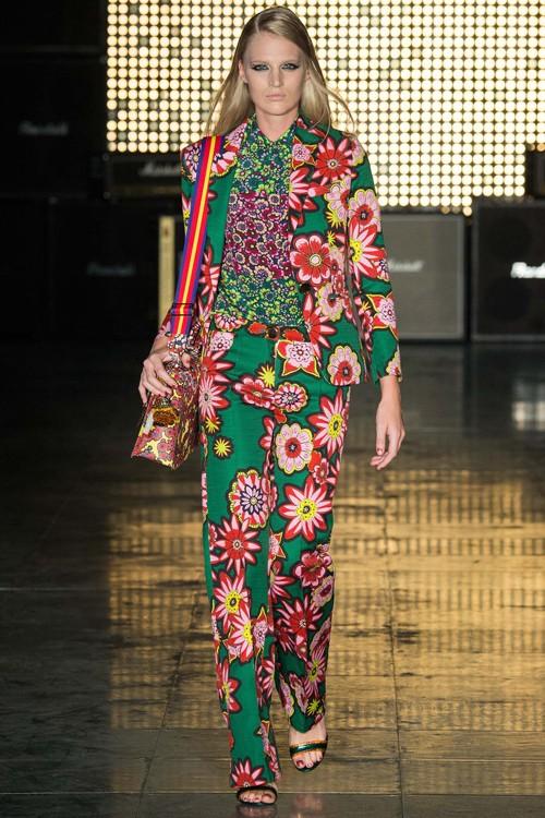 Họa tiết hoa rực rỡ trong xu hướng thời trang 2015 - ảnh 10