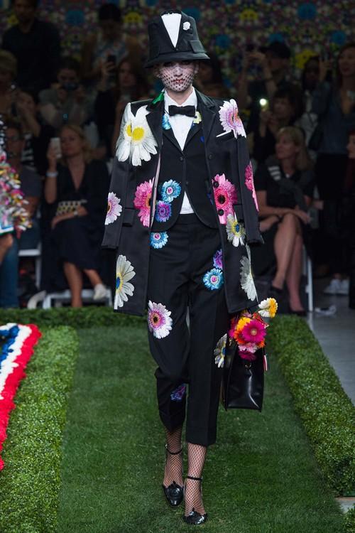 Họa tiết hoa rực rỡ trong xu hướng thời trang 2015 - ảnh 5