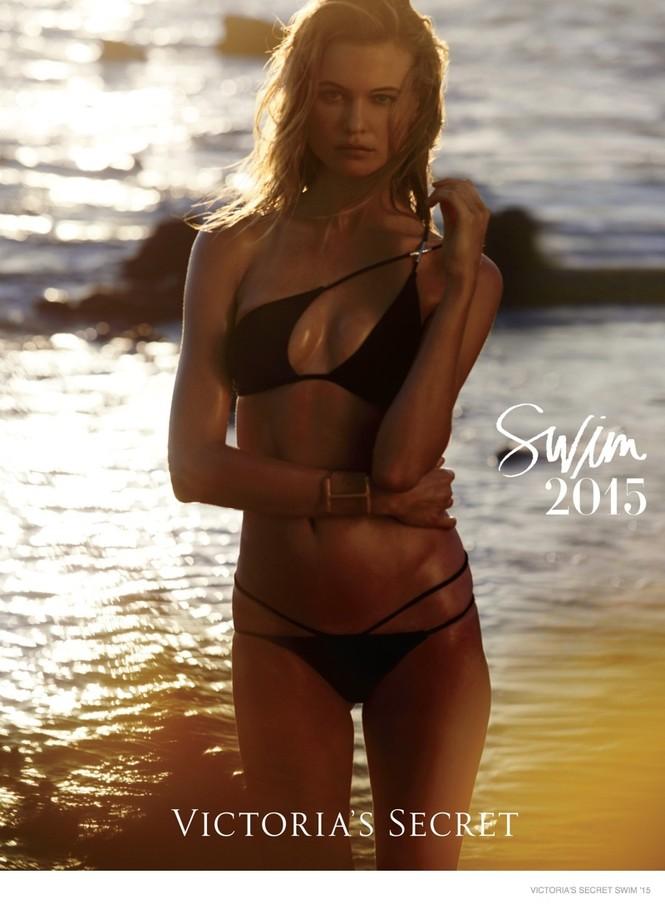 Victoria's Secret tung BST áo tắm 2015 với dàn 'chân dài' nóng bỏng - ảnh 2