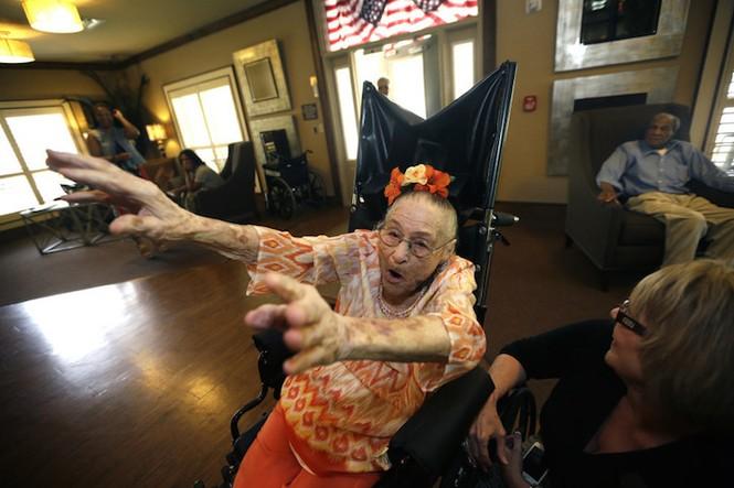 Bí quyết sống khỏe của 5 cụ bà hơn 100 tuổi - ảnh 4