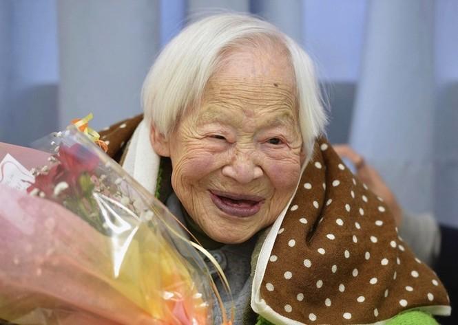 Bí quyết sống khỏe của 5 cụ bà hơn 100 tuổi - ảnh 2