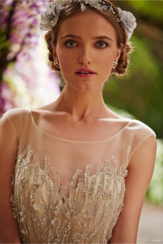 Váy cưới ren 'siêu' lãng mạn cho cô dâu  - ảnh 2