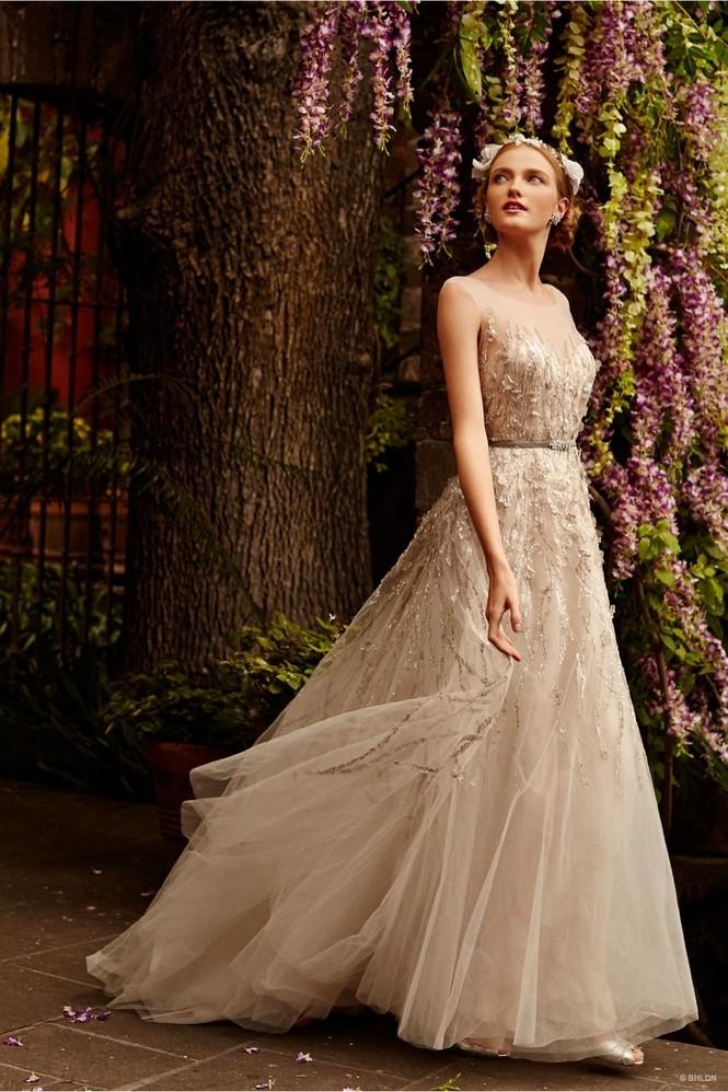 Váy cưới ren 'siêu' lãng mạn cho cô dâu  - ảnh 3
