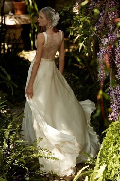 Váy cưới ren 'siêu' lãng mạn cho cô dâu  - ảnh 8