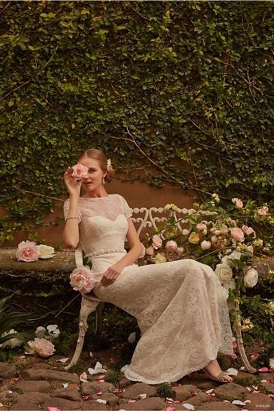 Váy cưới ren 'siêu' lãng mạn cho cô dâu  - ảnh 15