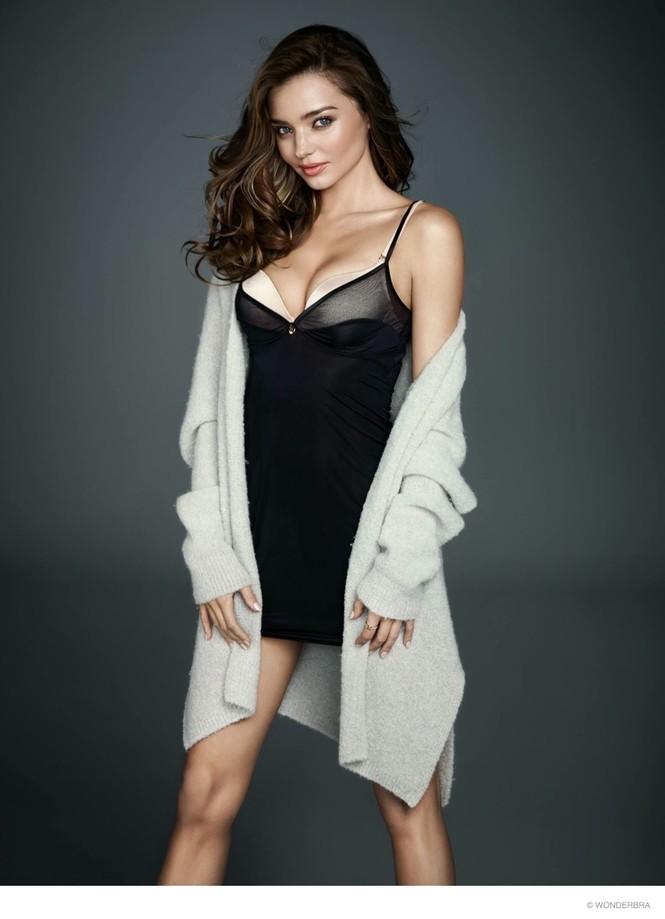 Miranda Kerr khoe dáng tuyệt mỹ với nội y gợi cảm - ảnh 2