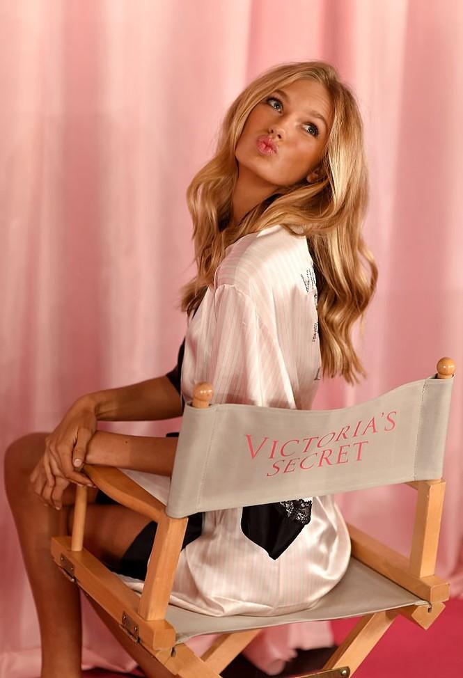 Romee Strijd, Victoria's Secret - ảnh 6
