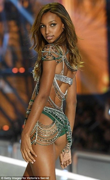 nhà thiết kế,vẻ đẹp,trình diễn,Victoria's Secret, Fantasy Bra,Eddie Borgo, Jasmine Tookes,danh tiếng,thiên thần,sàn diễn - ảnh 4
