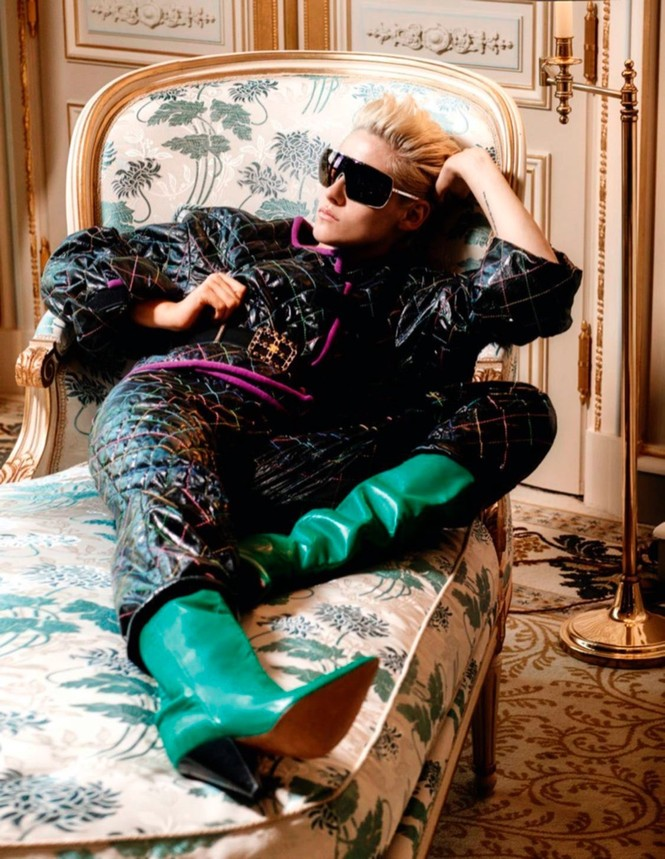 thời trang,người đẹp,bộ sưu tập,phong cách,tạp chí,Vogue,quảng cáo,cá tính, ông hoàng tóc bạc, Karl Lagerfeld, Chạng vạng, Twilight, Kristen Stewart, Chanel - ảnh 5
