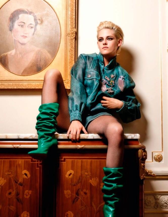 thời trang,người đẹp,bộ sưu tập,phong cách,tạp chí,Vogue,quảng cáo,cá tính, ông hoàng tóc bạc, Karl Lagerfeld, Chạng vạng, Twilight, Kristen Stewart, Chanel - ảnh 7
