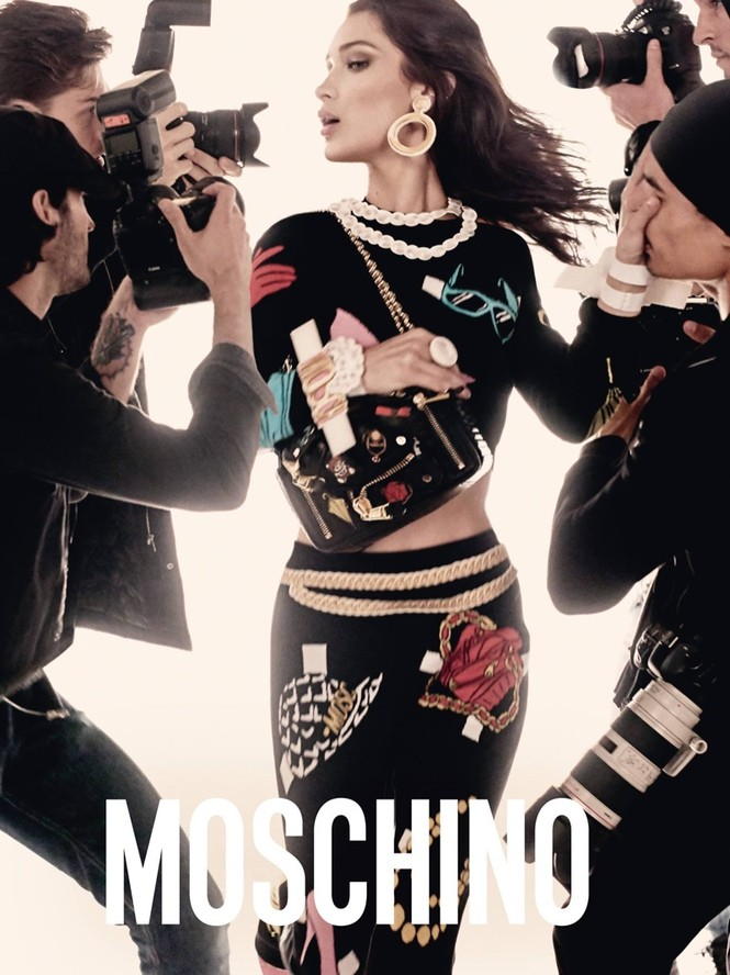 trang phục,nhà thiết kế,gương mặt,quảng cáo,chân dài,bộ ảnh,Chanel,gợi cảm, Gigi Hadid, Bella Hadid, Fendi, Moschino, Steven Meisel, Jeremy Scott, Chanel, Karl Lagerfeld, Max Mara - ảnh 2