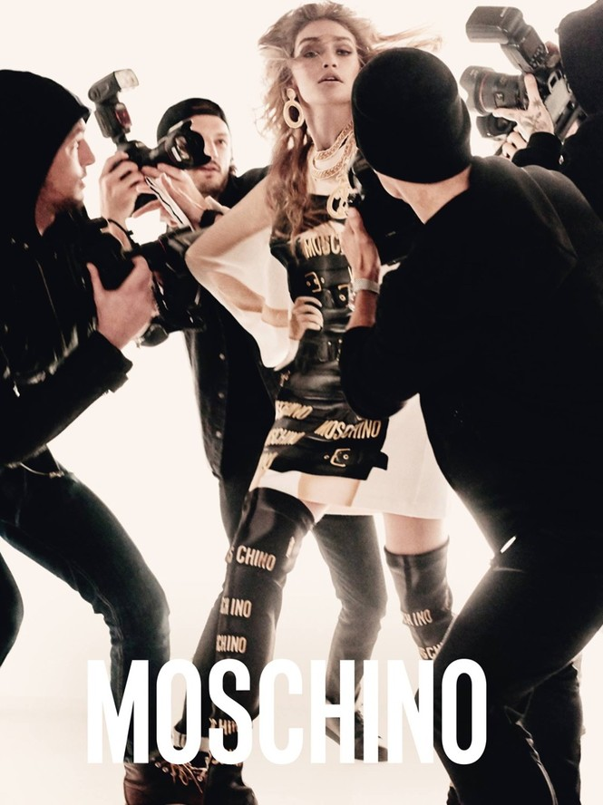 trang phục,nhà thiết kế,gương mặt,quảng cáo,chân dài,bộ ảnh,Chanel,gợi cảm, Gigi Hadid, Bella Hadid, Fendi, Moschino, Steven Meisel, Jeremy Scott, Chanel, Karl Lagerfeld, Max Mara - ảnh 4
