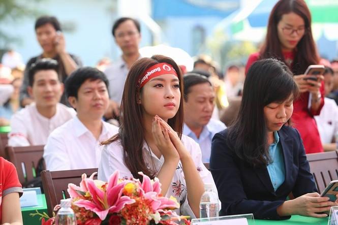 Chủ Nhật Đỏ 2017, Báo Tiền Phong - ảnh 55