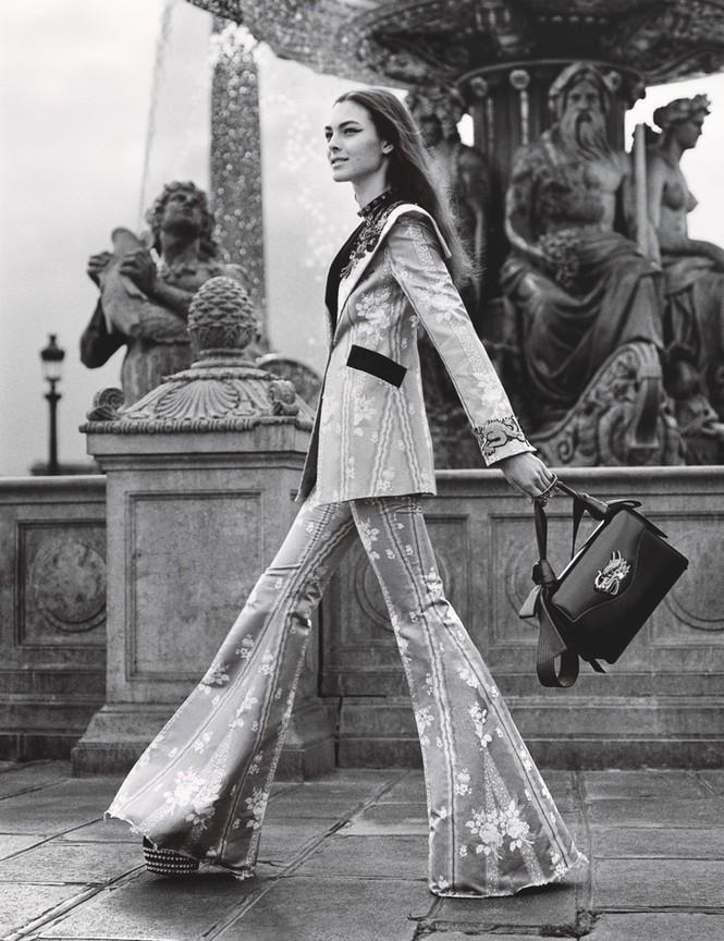 thời trang,siêu mẫu,người mẫu,gương mặt,Irina Shayk,quảng cáo,chân dài,thiên thần nội y, Stella Maxwell, Ellen Rosa, Vittoria Ceretti - ảnh 14