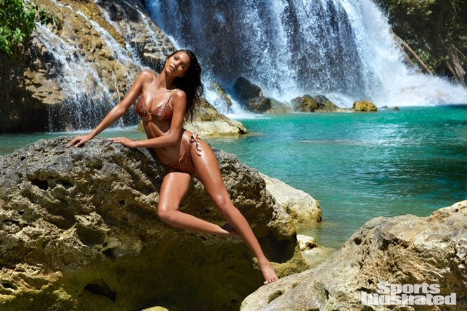 Sports Illustrated Swimsuit Issue 2017 Rookie - ảnh 1