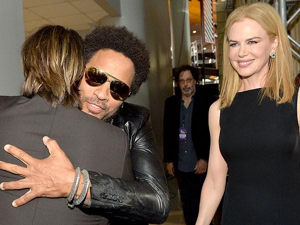 Hậu ly dịTom Cruise, Nicole Kidman từng đính hôn bí mật với Lenny Kravitz - ảnh 14