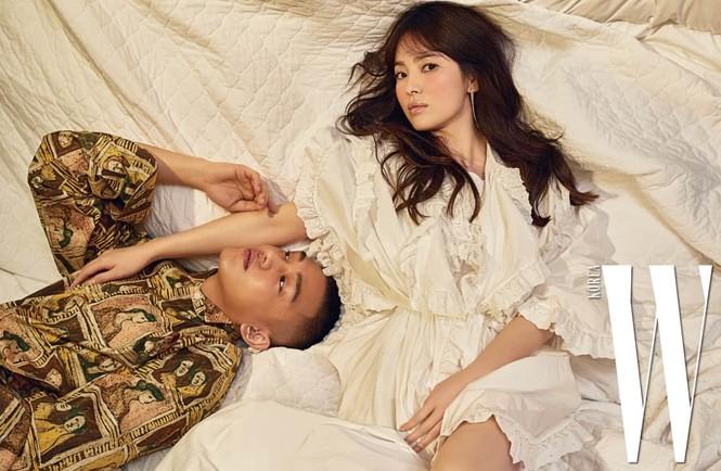 Song Hye Kyo yêu kiều xinh đẹp bên trai trẻ Yoo Ah In - ảnh 8