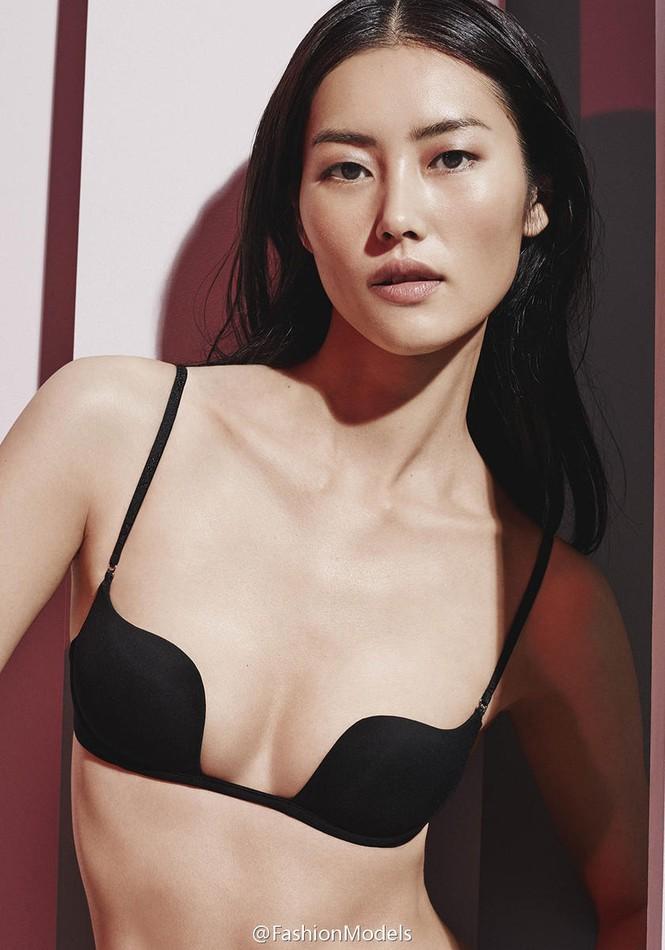 Nàng mẫu gốc Hoa cuốn hút với áo tắm sành điệu - ảnh 6