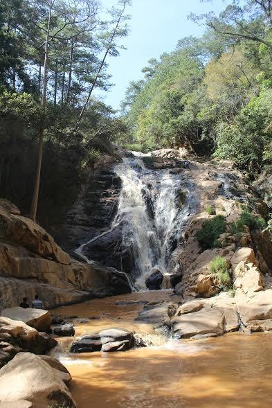 Du khách nước ngoài tử nạn cùng hướng dẫn viên tại thác Hang Cọp - ảnh 1