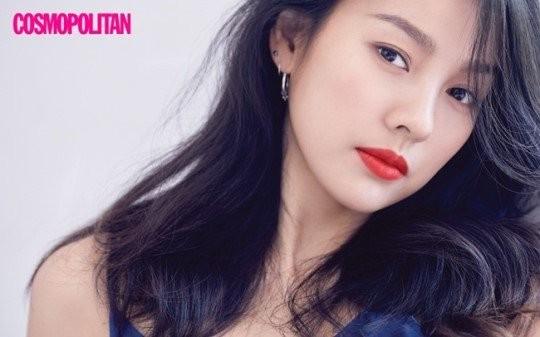 Lee Hyori: Vẹn nguyên vẻ đẹp gợi cảm, cá tính và nổi loạn - ảnh 4