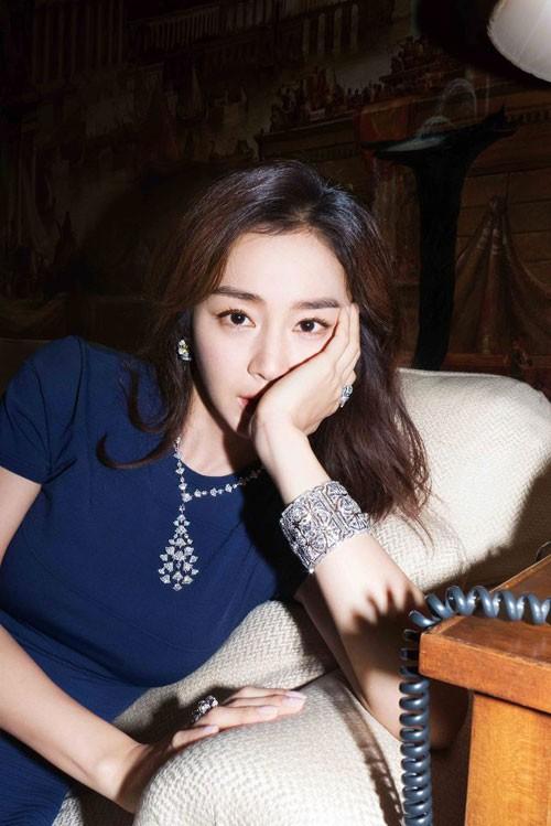 Vợ chồng Kim Tae Hee ngọt ngào tình tứ - ảnh 11