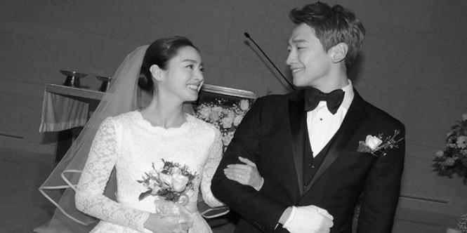 Vợ chồng Kim Tae Hee ngọt ngào tình tứ - ảnh 16