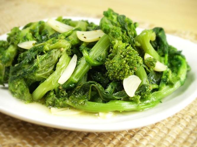 Thời tiết thất thường, ăn gì để tăng cường hệ miễn dịch? - ảnh 2